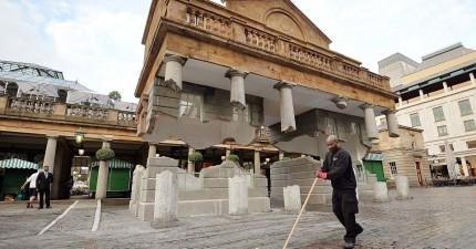 哈利波特施展魔法了!英國這棟斷裂的古建築物竟然騰空漂浮起來。