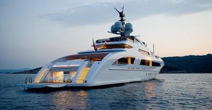 這艘16.5億的超級遊艇一週租用都要價3000萬!但看到裡面後你就會知道為什麼了!