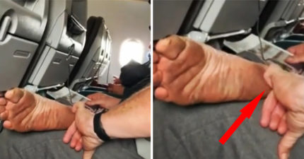 影/噁男在飛機上「翹腿露腳底」畫面被瘋傳 他狂用尾指「摳死皮」惹怒33萬人!
