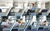經濟艙大升級!設計師發明「雙層飛機椅」讓你花小錢也能躺著飛