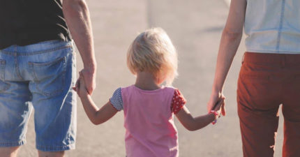 「沒有愛的父母」一起養小孩ok嗎?「柏拉圖式育兒」受專家肯定!