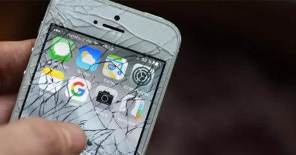 手機「螢幕碎掉」先別哭 他靠「家用食用油」20分鐘就修好!
