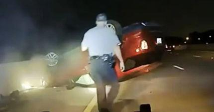 影/孕婦被警車「衝撞翻車」 警反控逃逸:妳活該