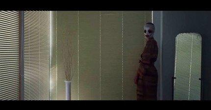很多網友都認為這段《晚安媽咪》是史上最毛骨悚然的電影預告片,你認為呢?